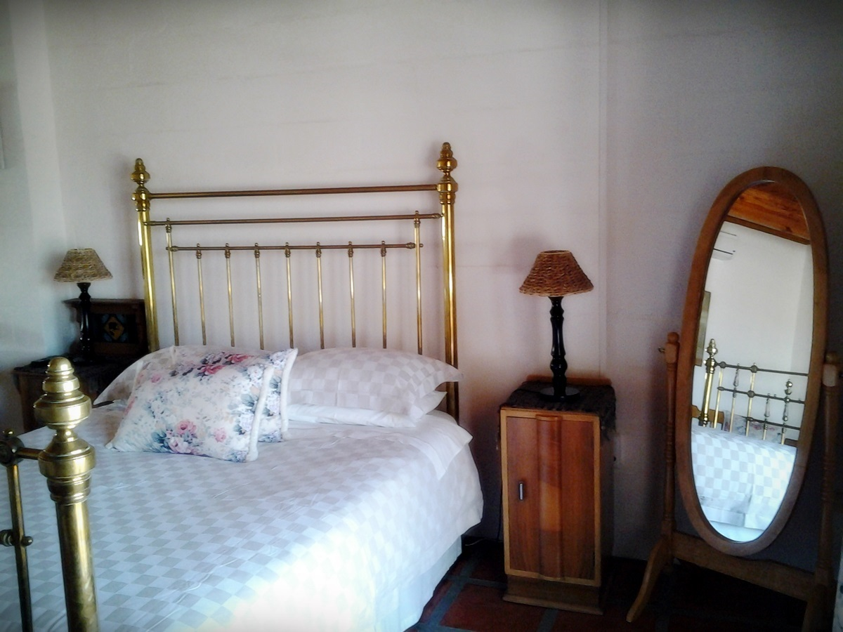 Belle Ombre Guesthouse Room 4